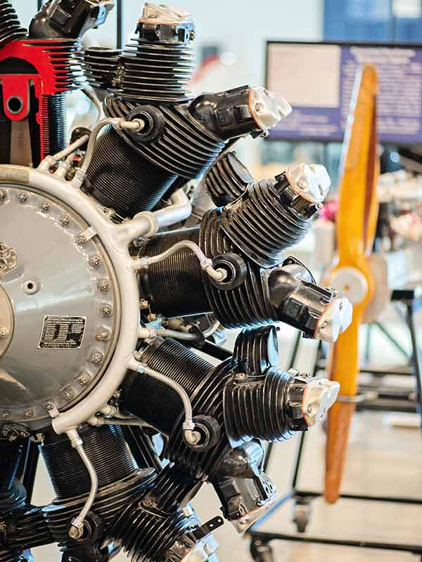 Engine exhibit